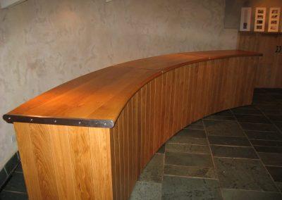curved-desk
